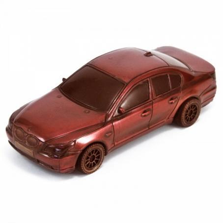 Samochód z czekolady BMW sedan niezapomniany prezent
