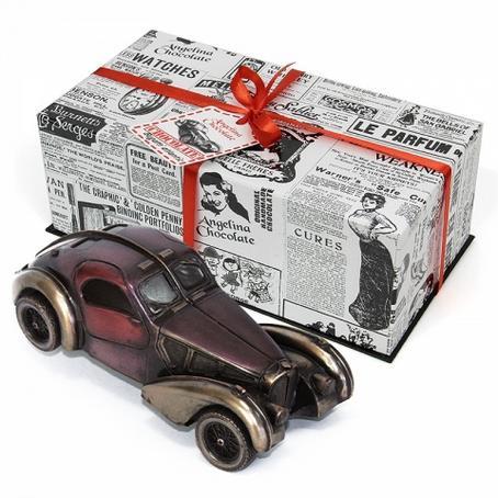 Samochód z czekolady Bugatti Atlantic 1936 R. na prezent