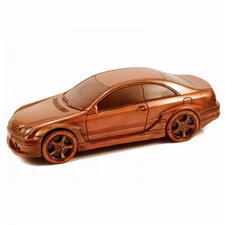 Idealny na prezent czekoladowy Samochód Mercedes CLK