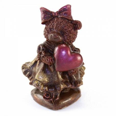 Niedźwiadek w sukni z sercem