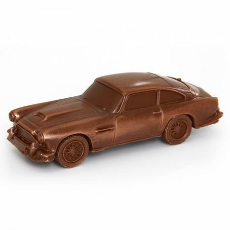 Samochód z czekolady Aston Martin dla prezenta